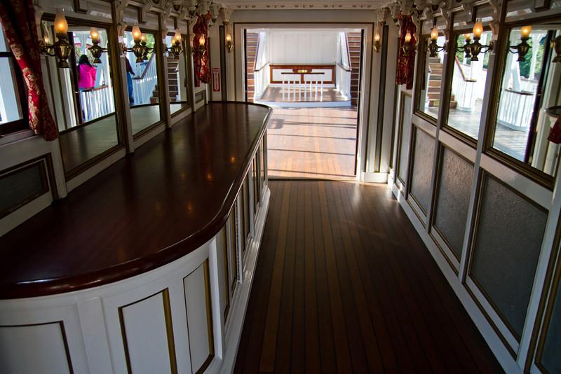 Mark Twain Riverboat Parlor