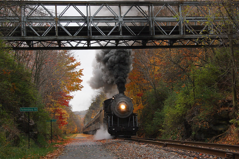 WMSR #734 approaches the Parkersburg Road bridge Western Maryland Scenic Railroad