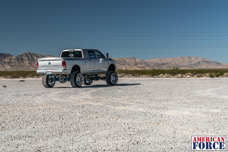 Ridin'-High-Silver-Dodge-Ram-161105-DSC02721-2.jpg