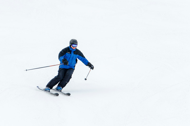 Opening-Day-Slopes-2014_Snow-Trails-70911.jpg