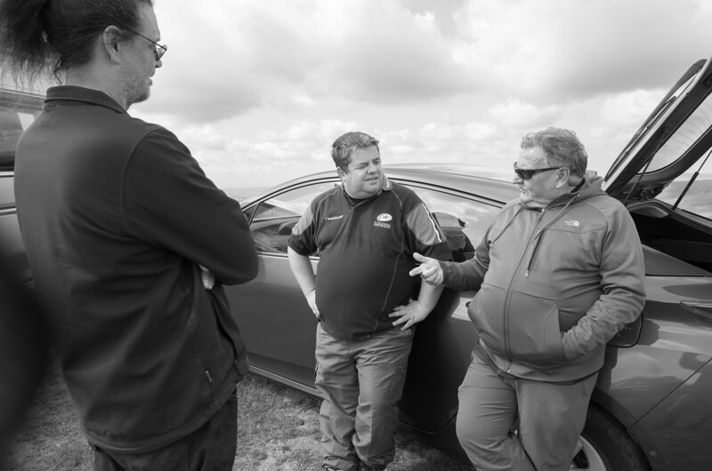 Waiting for the wind: Graham Hill, Brett Larrett and Dave Woods