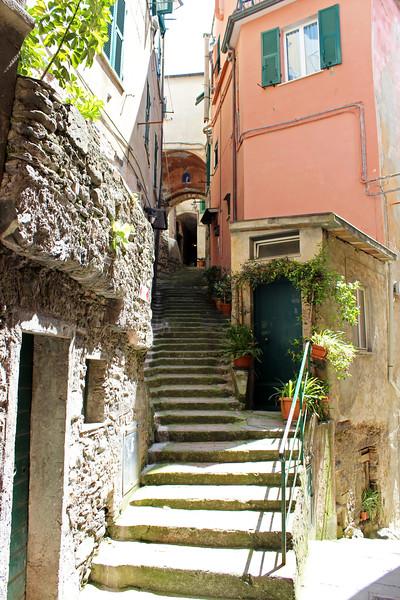 Italy-Cinque-Terre-Vernazza-10.JPG