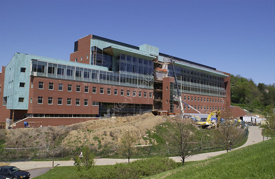 22116 NEW Wise LIBRARY AND LIFE SCIENCES BUILDING