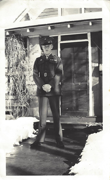 Eddy in Uniform