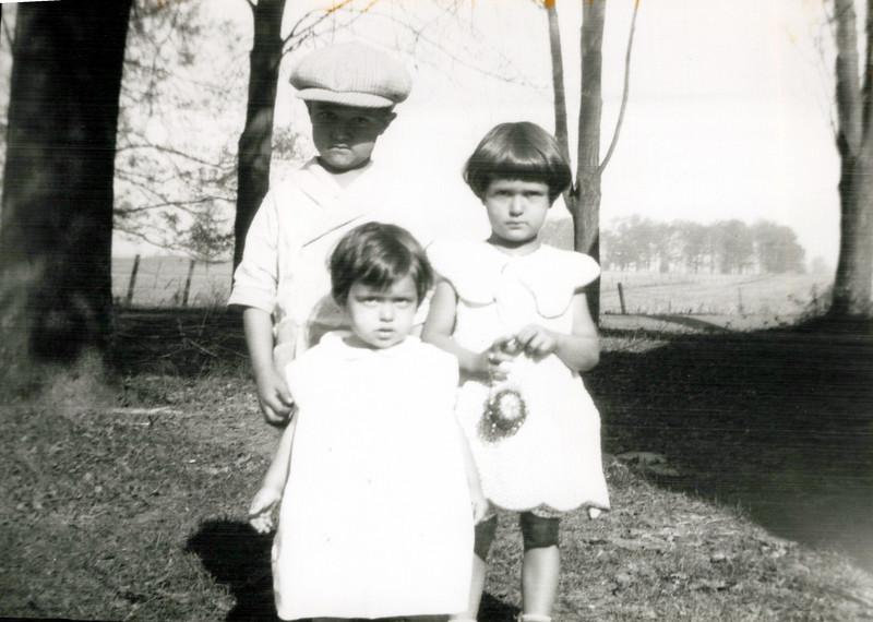 1929 Donald, Eileen and Wilma Konyha.jpeg