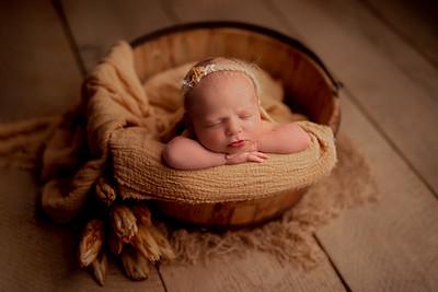 Maria M • Newborn
