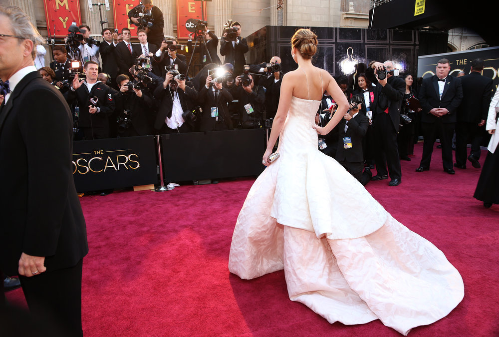 Description of . Actress Jennifer Lawrence arrives at the Oscars held at Hollywood & Highland Center on February 24, 2013 in Hollywood, California.  (Photo by Christopher Polk/Getty Images)