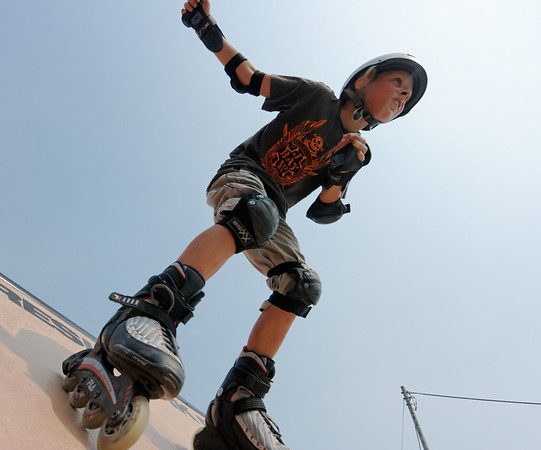 Sports 2008 YIS Rollerblades