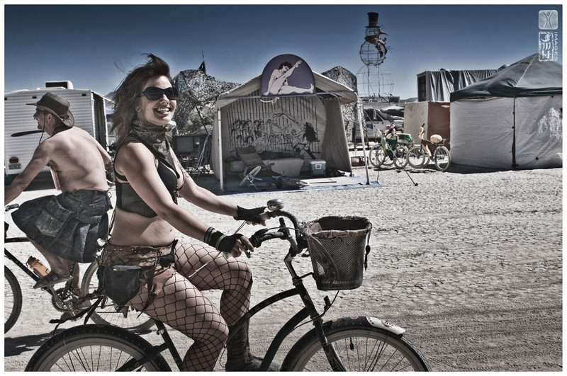 burning man 2011 pt1-37.jpg