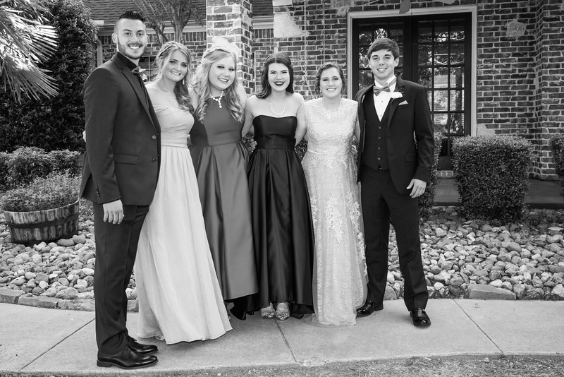 2019-04-27 Legacy Prom Pictures 043.jpg