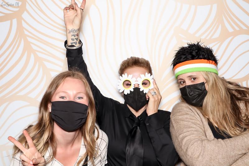 LOS GATOS DJ & PHOTO BOOTH - Christine & Alvin's Photo Booth Photos (lgdj) (3 of 182).jpg
