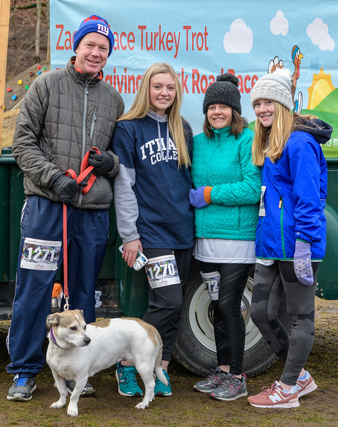 2019 Zack's Place Turkey Trot -_8507815.jpg