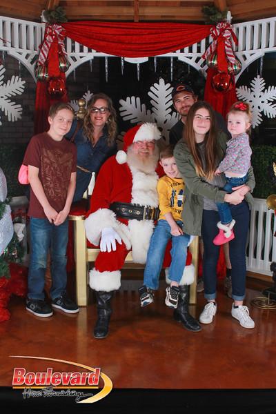 Santa 12-17-16-295.jpg