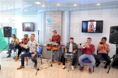 24.10.2019 Квартирник с участием ВИА Волга-Волга (Салават Камалетдинов)