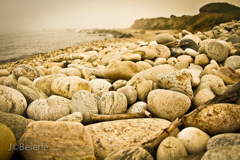 Rocks_.jpg