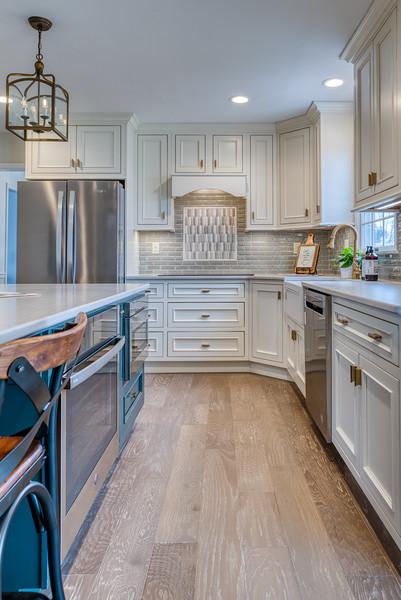 Higgins Kitchen 2020-18.jpg
