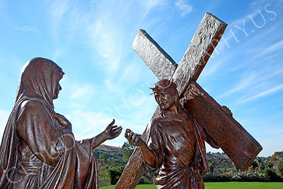 Jesus Christ Fourth Station of the Cross Statuary Pictures