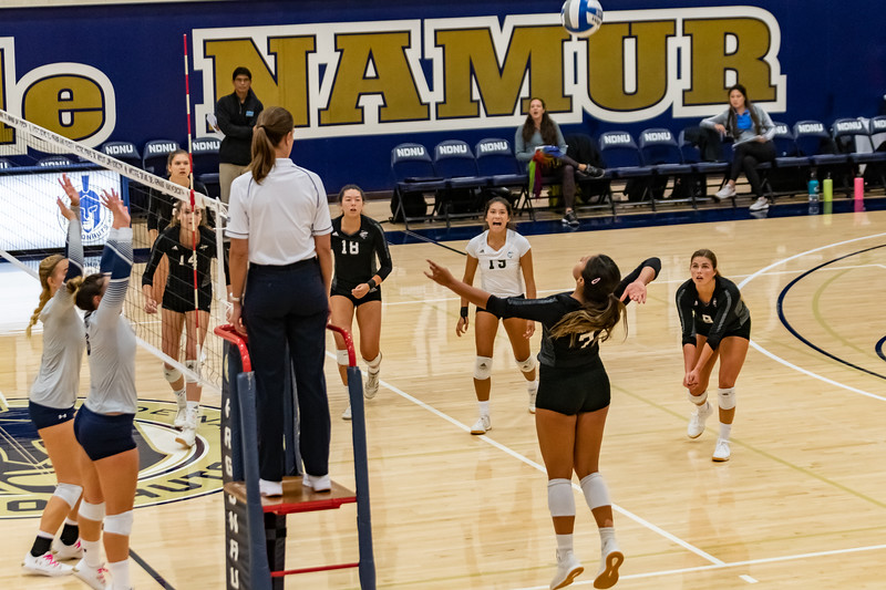 HPU vs NDNU Volleyball-71687.jpg