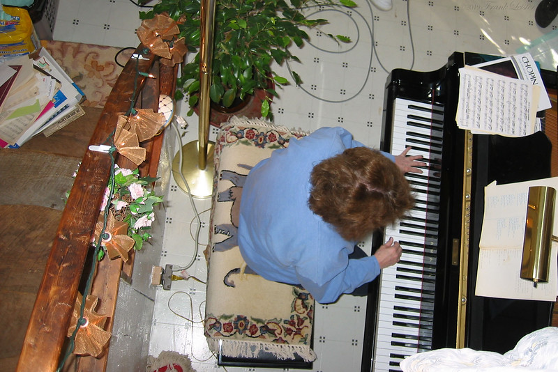 Shirley Lebin on piano, at the Lebin house studio, Feb 24 2002.