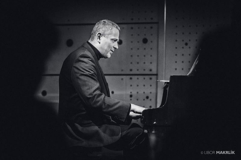 20160301-195140_0062-zuzana-vlcekova-kvartet-jazzdock.jpg