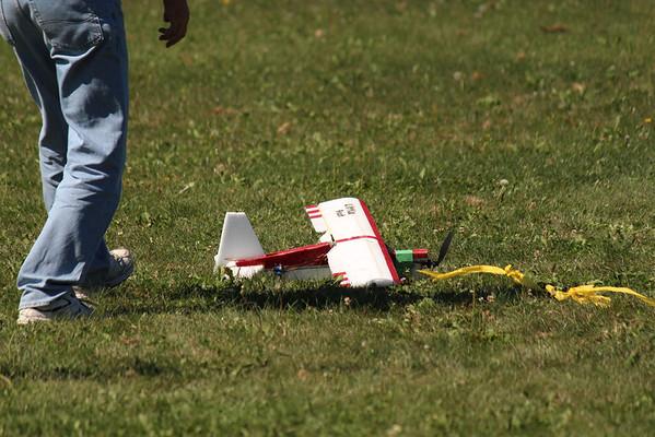 R/C Flying - Manville Oaks 9-14-2013