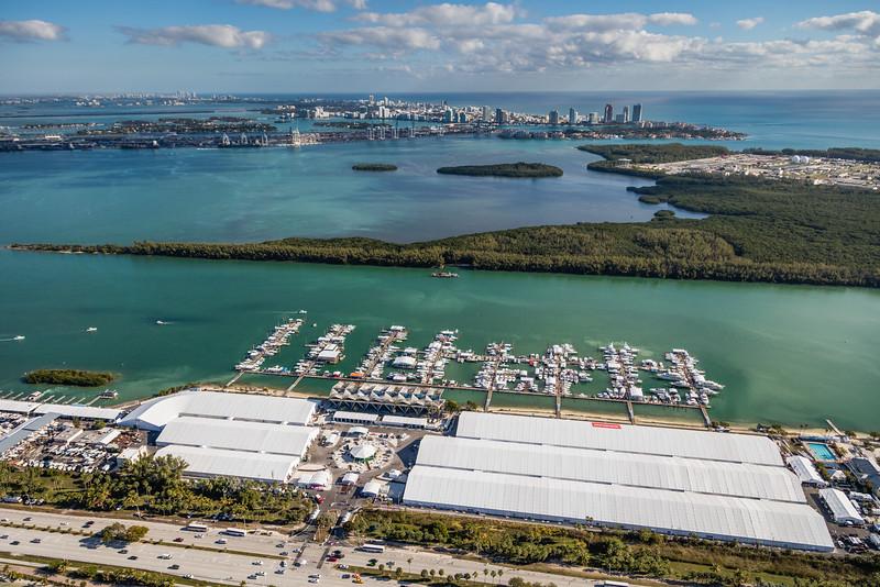 MiamiInternationalBoatShow (2 of 8).jpg