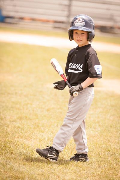 Younger Baseball-12.jpg