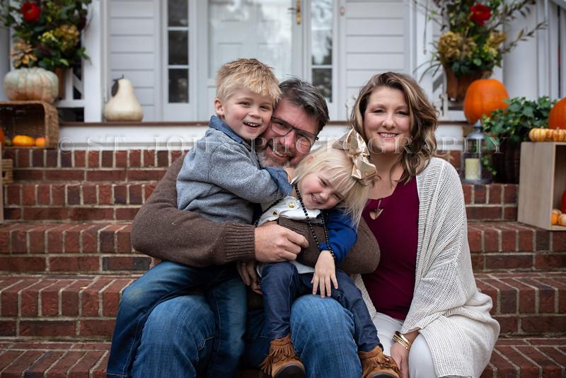 2019 November Ellis Family-138-207.jpg