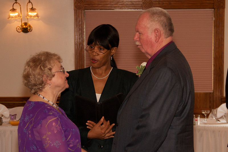 20120630 Linda and Larry Wed  34.jpg