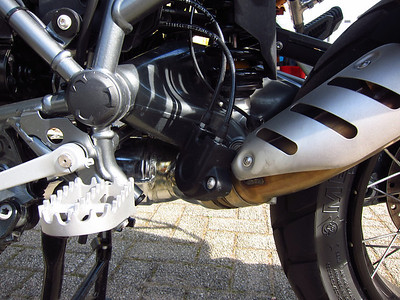 120327 R1200GSA DOHC Triple Black