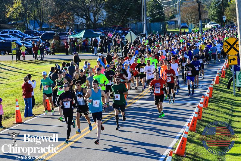 2015 Huntsville Half Start