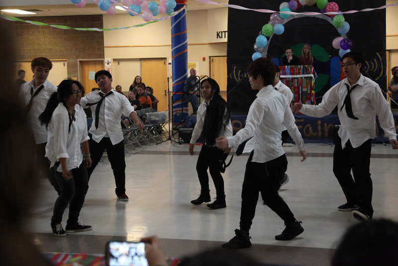 2014-05-23 AMHS Multi-Cultural Fair Assembly 067.JPG