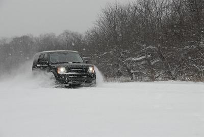 Land Rover Snow Ad