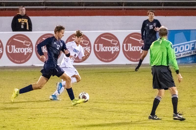 TCS Varsity Soccer 2019-4250.jpg