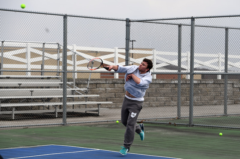 boys_tennis_1718.jpg