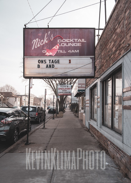 Nick's Cocktail Lounge