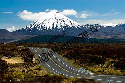 Mt Ngauruhoe, an active volcano and the alpine Desert Rd - North Island - New Zealand