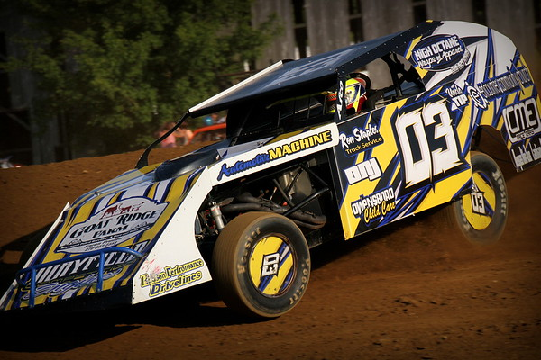 Windy Hollow Speedway; Take the Money and Run Night 5-22-16