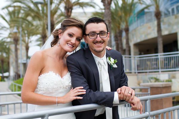Aukshunas Wedding