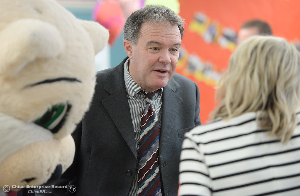. BCOE Superintendent Tim Taylor talks with kindergarten teacher Becky Perry as Butte County Educational leaders gather at Little Chico Creek Elementary School in Chico, Calif. to sign the Butte County Promise Thursday Feb. 1, 2018. The Promise is to all students in Butte County for an opportunity at a college education. (Bill Husa -- Enterprise-Record)