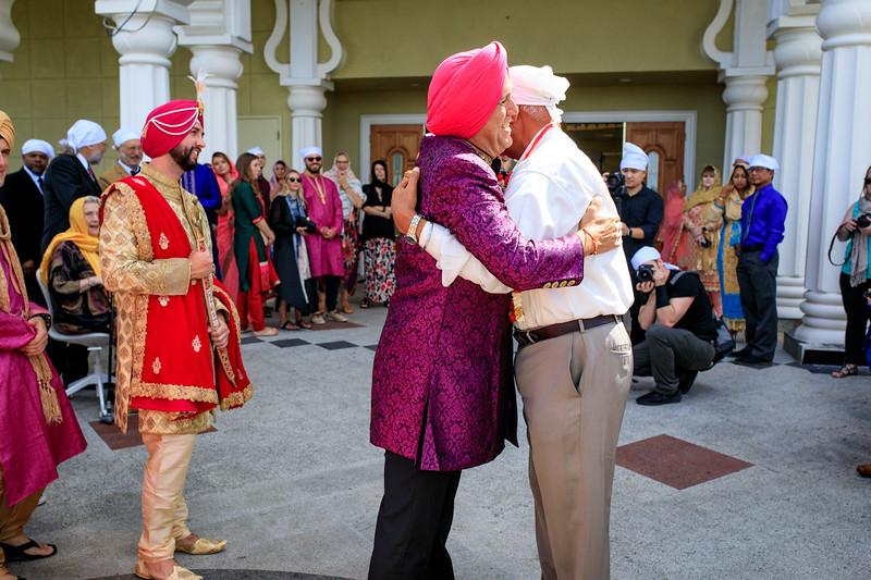 Neelam_and_Matt_Gurdwara_Wedding-1252.jpg