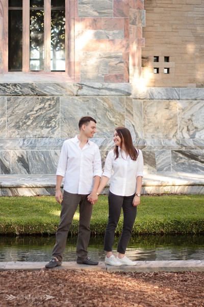 Bok-Tower-Gardens-Engagement-Session-Sunset-Engagement-Photos-Photography-By-Laina-Dade-City-Tampa-Area-Wedding-Engagement-Photographer-Laina-Stafford-4.jpg