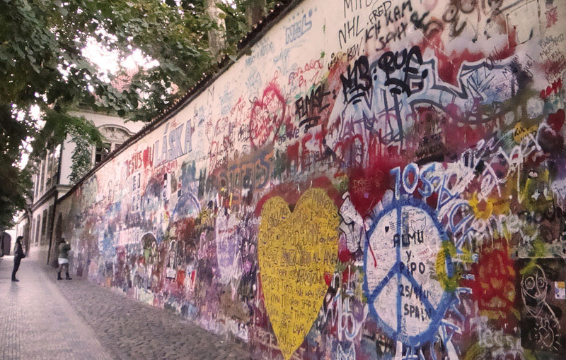 Lovers wall 1.jpg