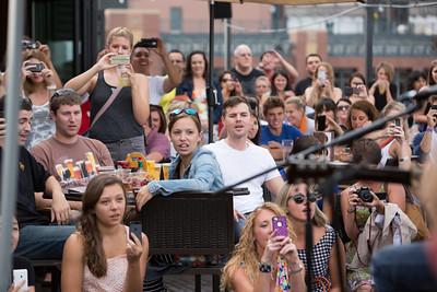 2013 VH Crowd