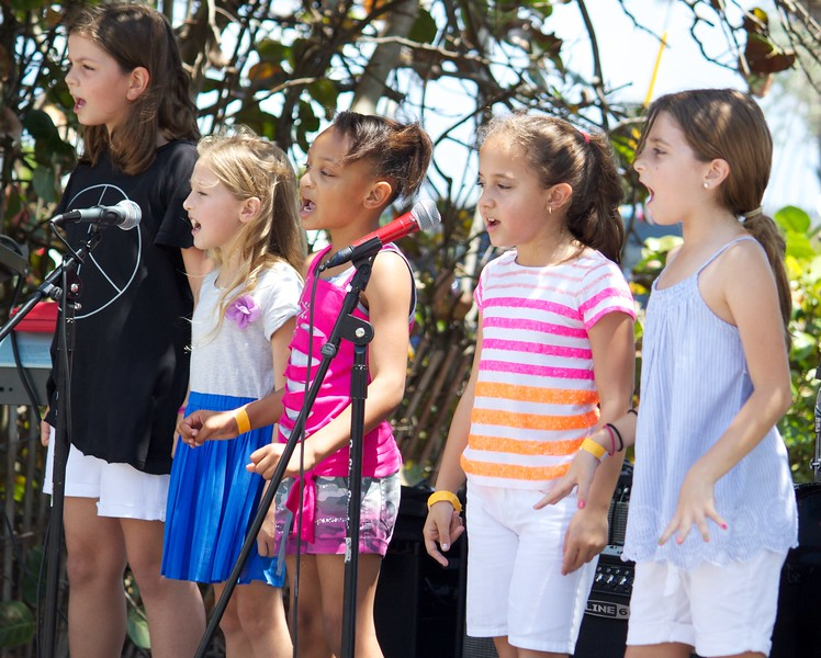 Barefoot by the Sea 2013 38 of 81