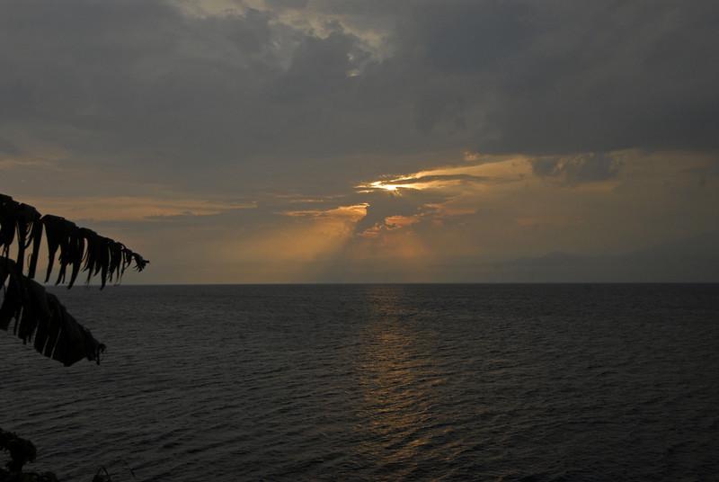 070116 4812 Burundi - Sunset near Bujumbura _E _L ~E ~L.JPG
