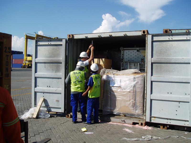Otto Kuijk Zkhs vervoer en aankomst container (24).jpg