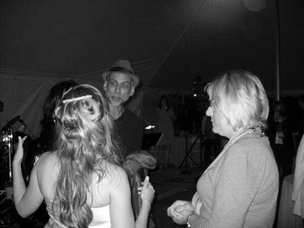 Neubie's Wedding