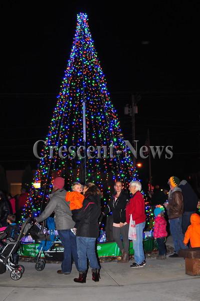 11-29-16 NEWS Paulding Christmas Parade