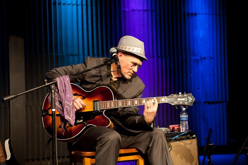 Marshall Crenshaw @ Tupelo Music Hall, Londonderry, NH 02/19/2011